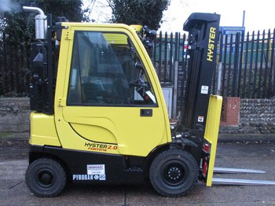 Hyster H2.0FT with Euromech 2G conversion for pharmaceutical manufacturer in Ireland