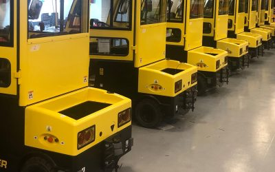 Explosion proof Hyster tow tractors for military application